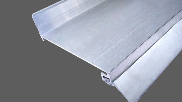 Wandanschlußprofil aus Aluminium preßblank mit langer Dichtlippe