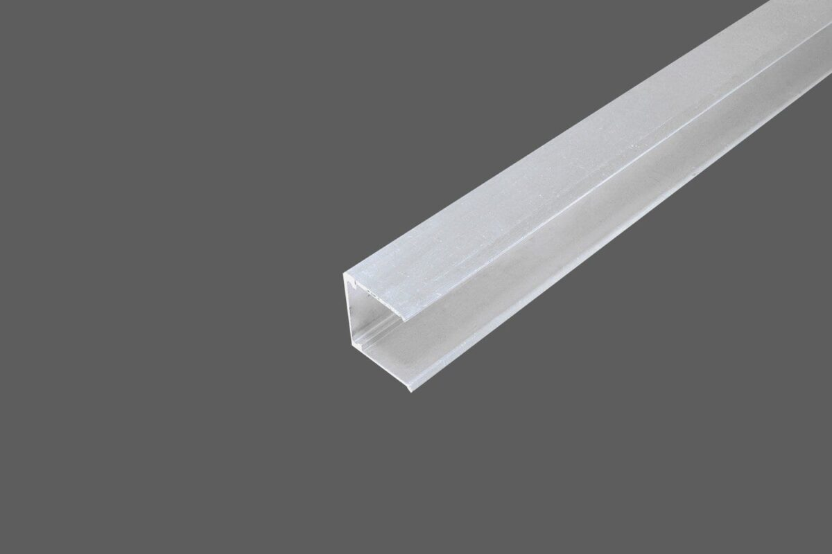 U-Abschlussprofil ohne Tropfkante für 16 mm Stegplatten Aluminium weiß Verschluß obere Seite der Stegplatten
