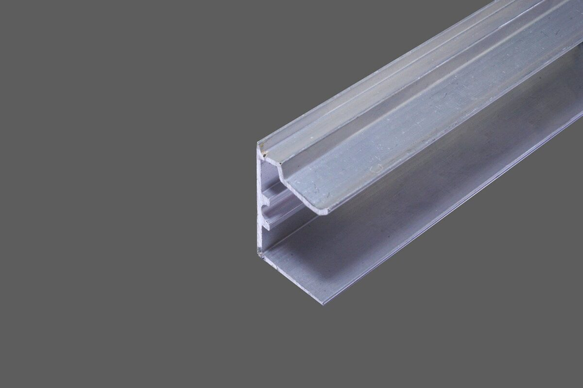 U-Abschlussprofil universal für 32 mm Stegplatten Aluminium pressblank
